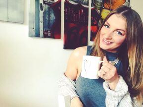 Kaffeetassen-Selfie